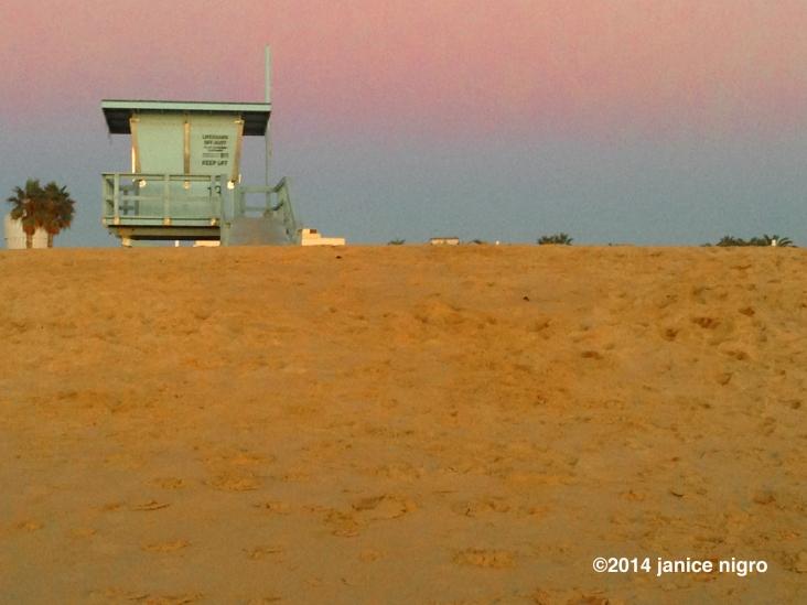 beach hut copyright 2116