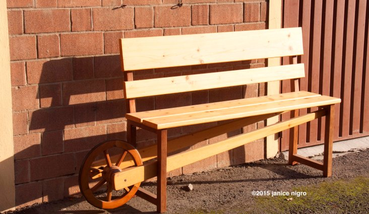 bench in color 5232 copyright