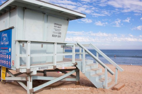 malibu lifeguard hut 5818 copyright